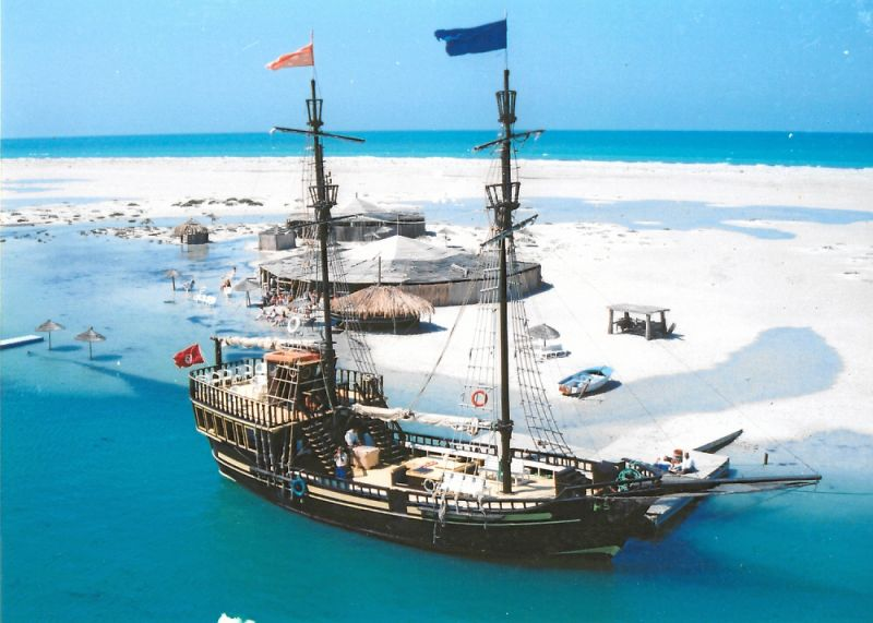 bateau pirate djerba djerba infos cartes photos h tels sorties restaurants. Black Bedroom Furniture Sets. Home Design Ideas